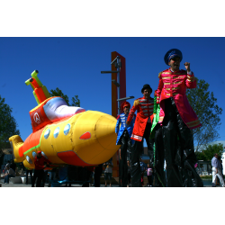 Yellow Submarine - Pasacalles