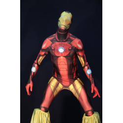 Iron Man en zancos